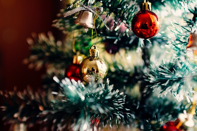 ozdobičky na stromku.jpg