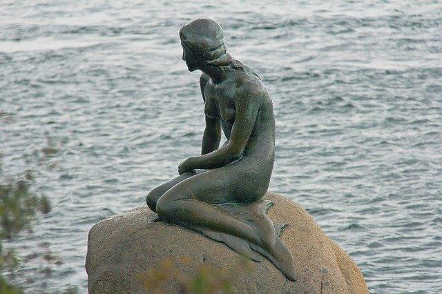socha mořské víly